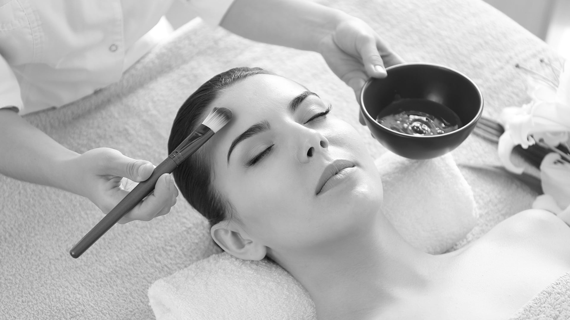 Best facials in Hyderabad – Breaking down for you